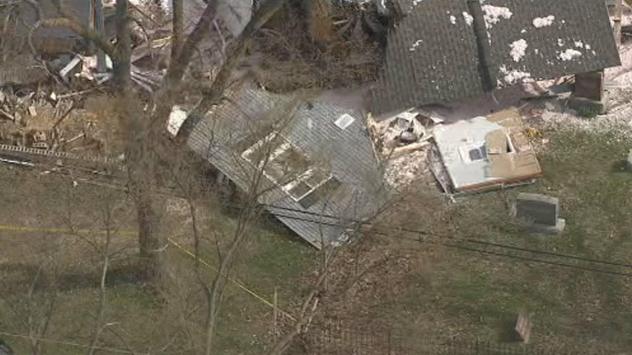 Semi truck crashes into house Macomb Township 7
