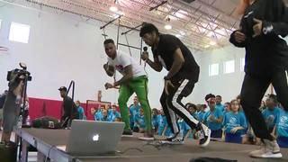 Jason Derulo teaches Broward children choreography to new single 'Colors'