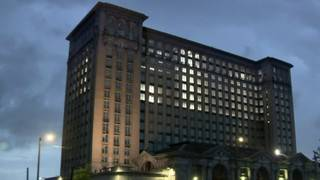 Detroit's old train station sold to Ford for redevelopment