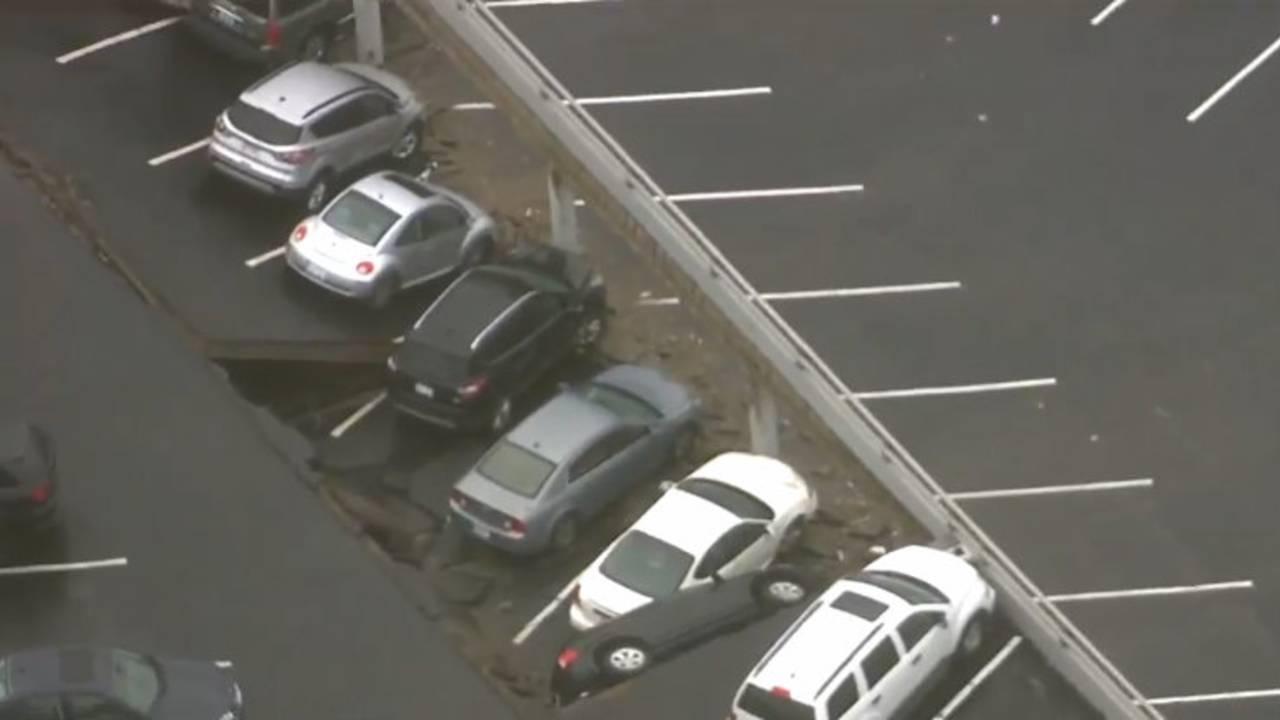 Detroit parking deck collapse 5