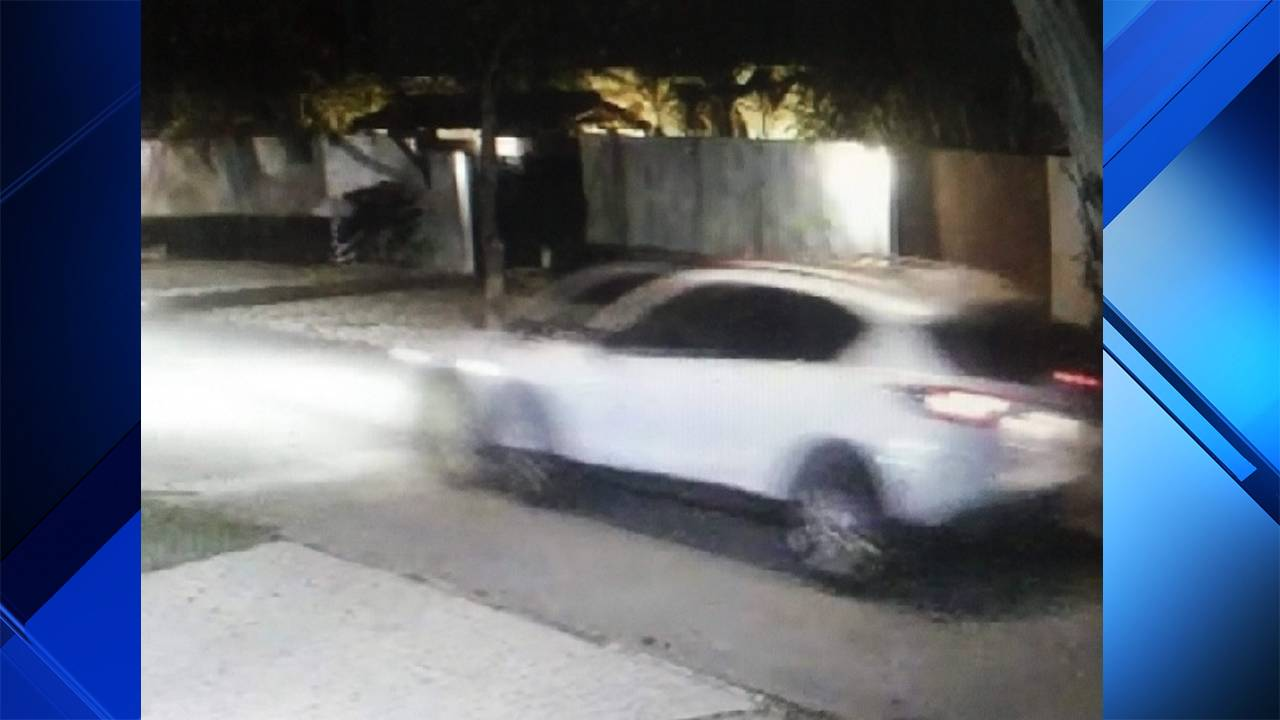 White SUV that Coconut Grove thieves left home in