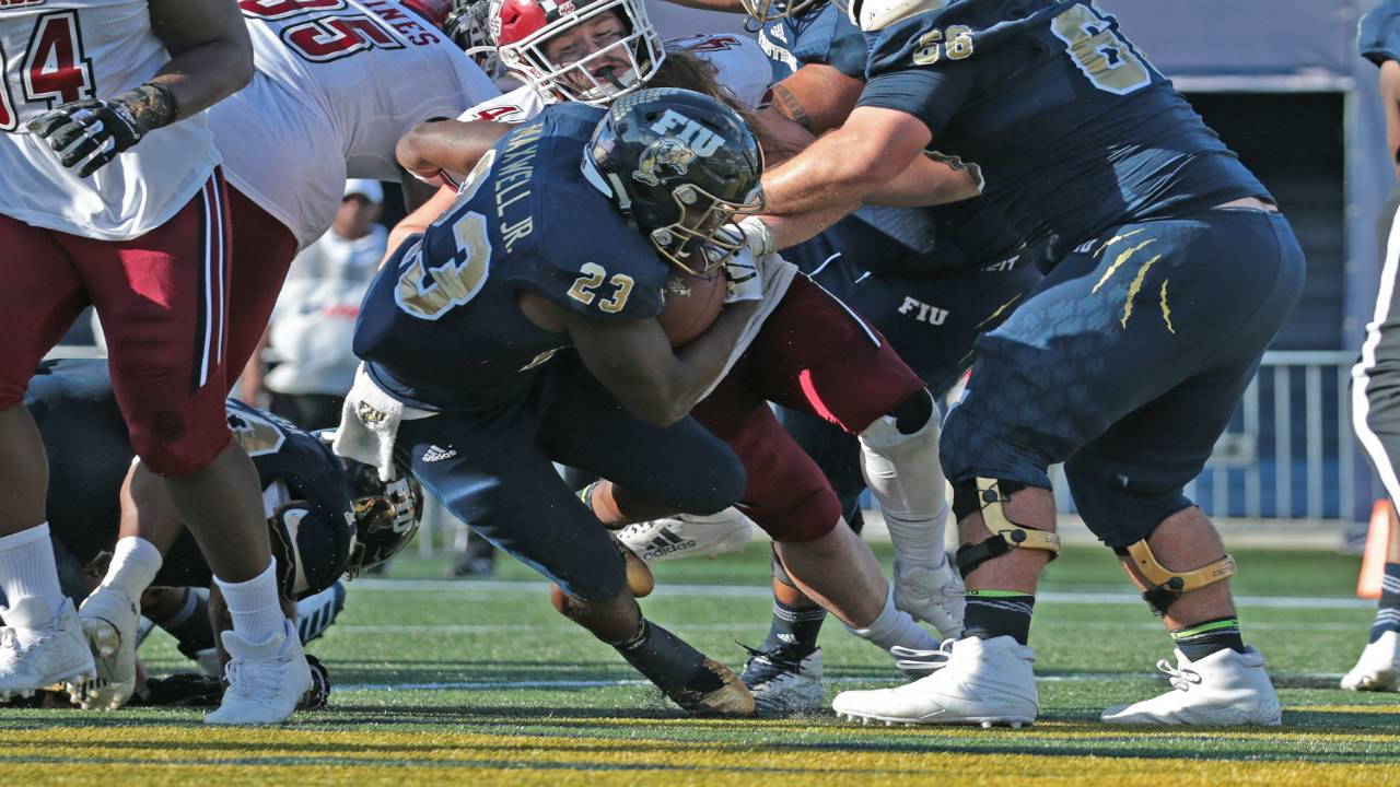 Fiu Sets Records In 63 45 Win Over Umass