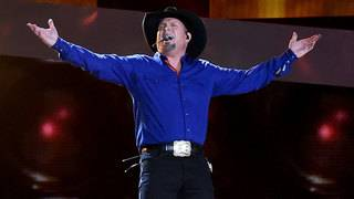 Garth Brooks' Houston Rodeo ticket sales postponed in wake of Harvey