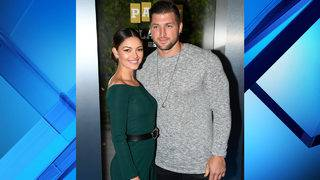 Tim Tebow gets engaged to Miss Universe