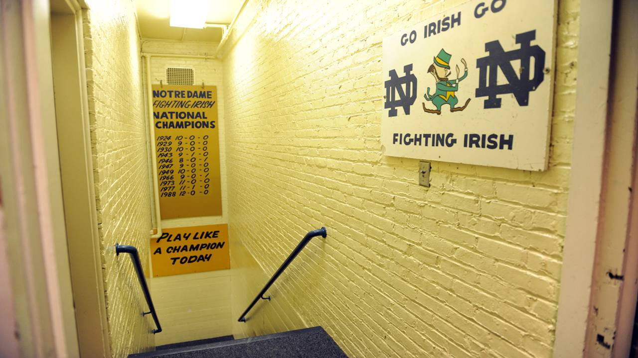 Notre Dame Fighting Irish 'Play Like A Champion Today' sign 2011