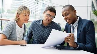 5 reasons to use a financial professional