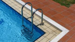 Parasites, bacteria may be lurking in hotel pools, hot tubs,
