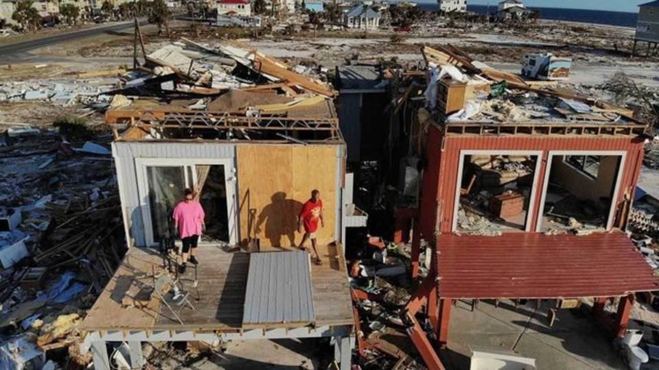 Mexico Beach returning to destroyed home