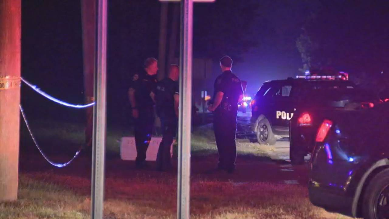 Huron Township police officers possible barricaded gunman