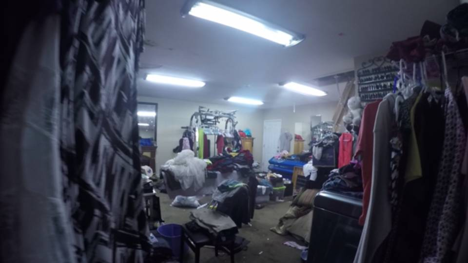 Garage at Rayan home