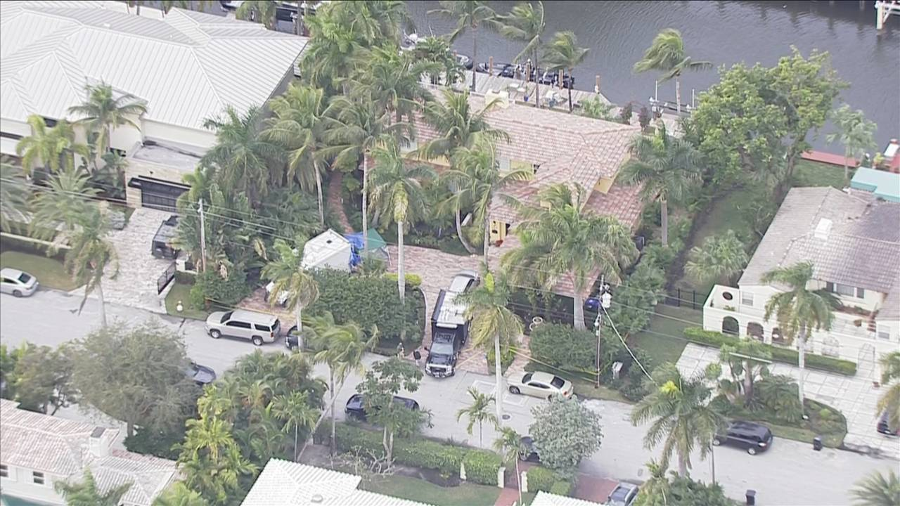 Sky 10 above Roger Stone's Fort Lauderdale home after arrest