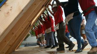Habitat for Humanity Detroit helps family of 3 get new home for holidays