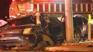 Man cut from vehicle after high-speed crash near Somerset, deputies say