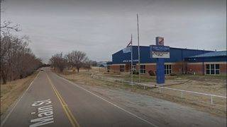 OK school closes for 2 days after threats against transgender student