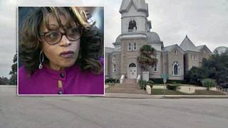 Corrine Brown attends morning church services ahead of prison sentence