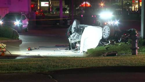 Wanted man killed in crash during 100-mph chase, police say