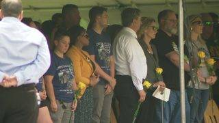 Santa Fe community gathers for ceremony in remembrance of those killed…