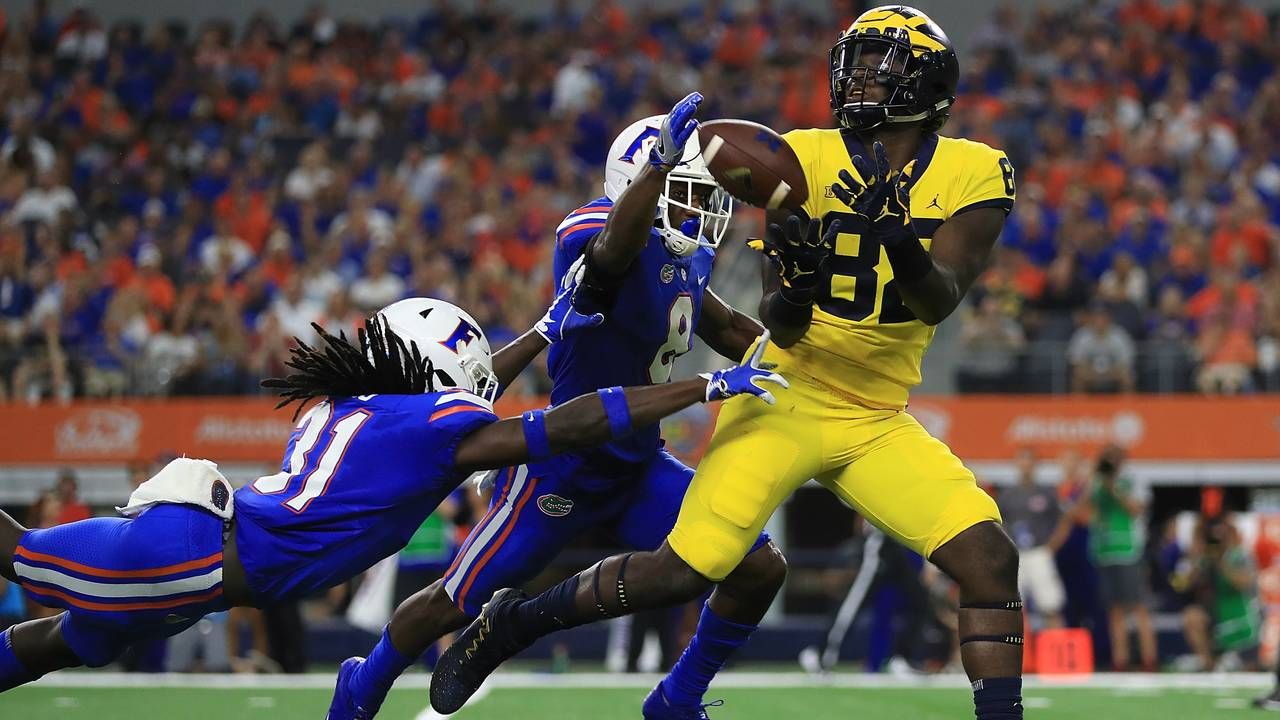 Nick Eubanks catch Michigan football vs Florida 2017