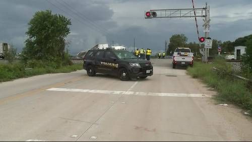 Channel 2 Investigates: 6 crashes in 5 years at same railroad crossing