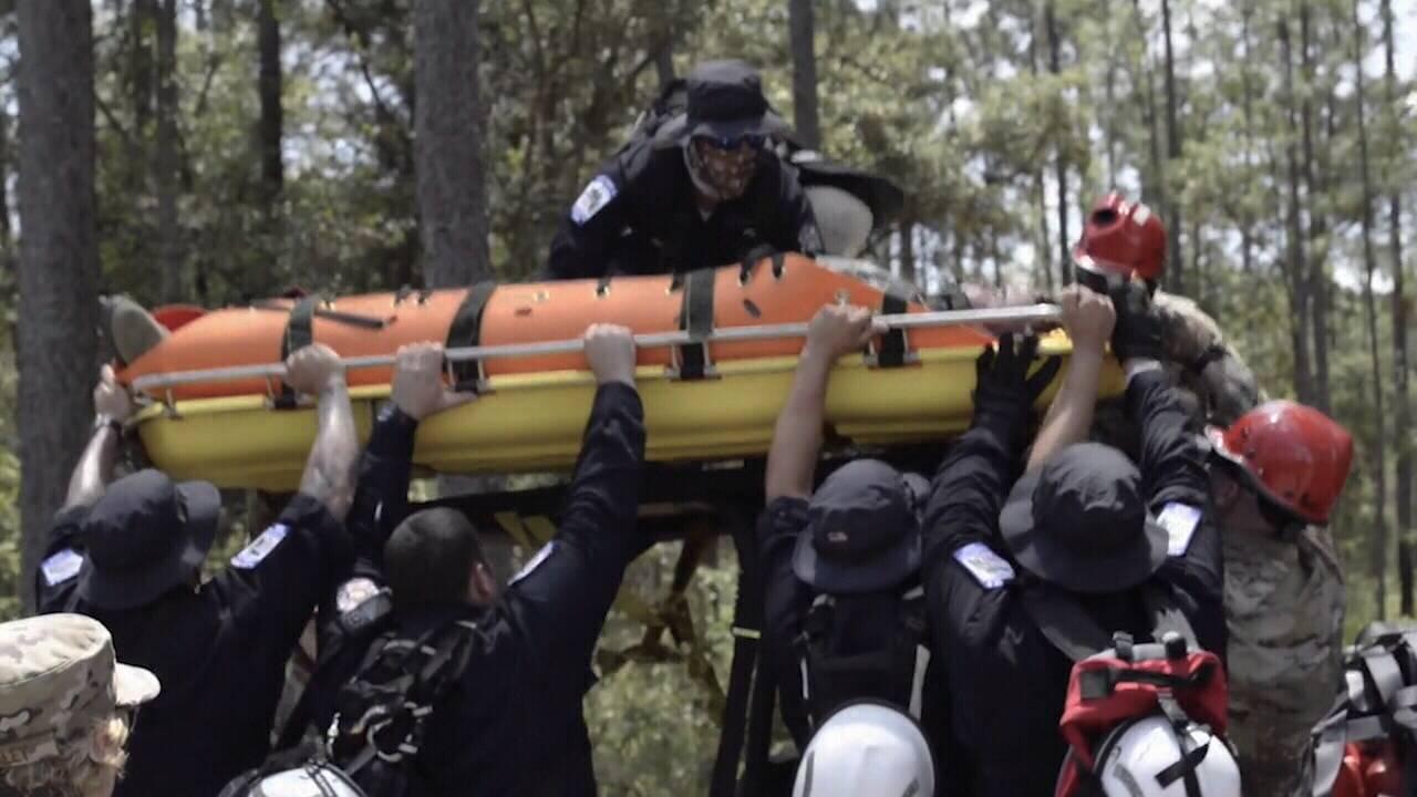 Crews lift patient_1559247448243.jpg.jpg