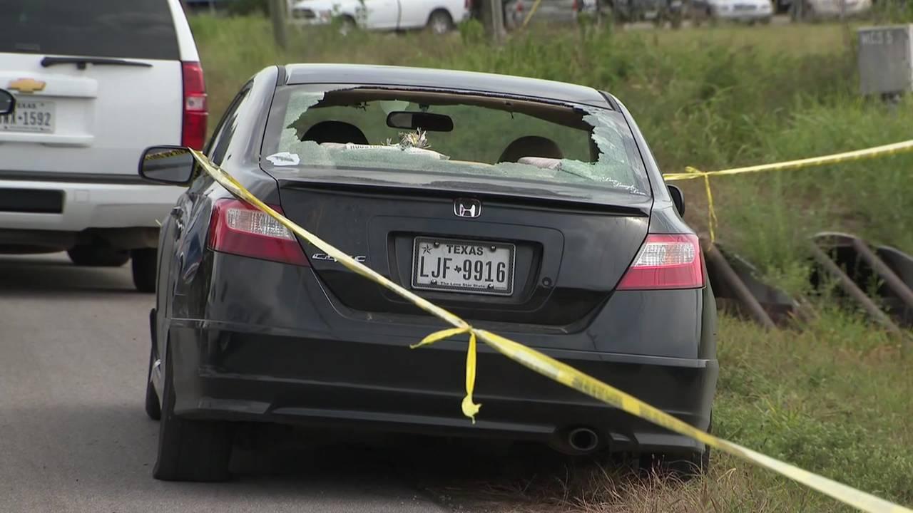 navajo road shooting scene car 073019