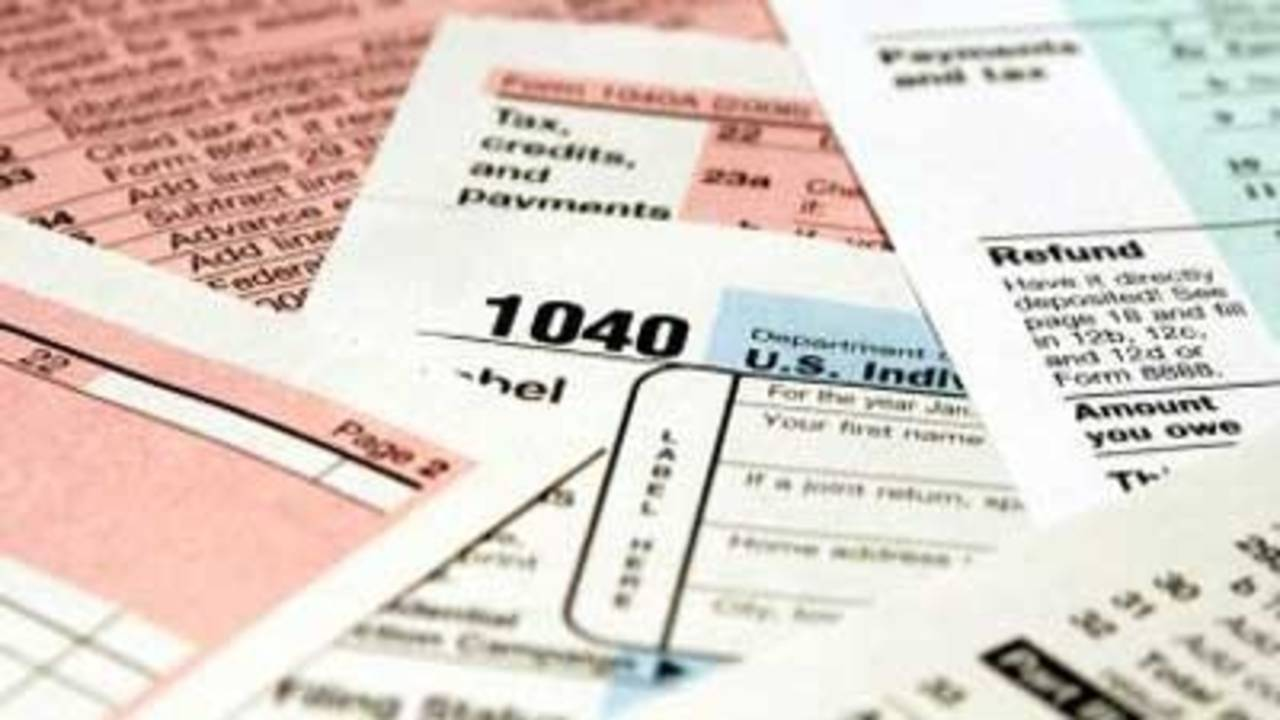 Tax forms, taxes, money_2293119892404917-75042528