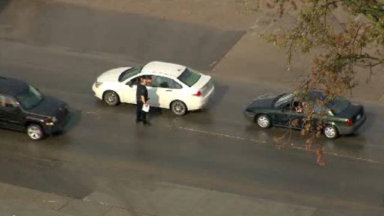 Police FBI stop cars in Armada_27252828