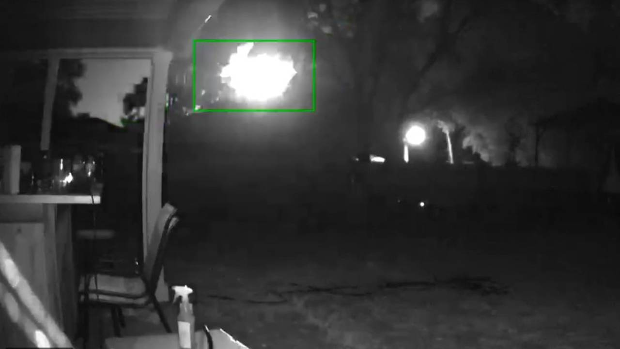Slow fireball lights up the sky this morning- did you see it?