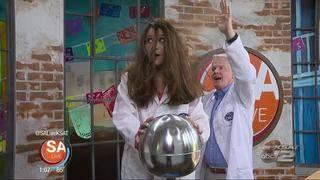 Mad Science Monday: hair-raising static science fun!