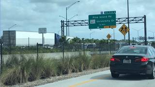 1 dead after motorcycle crash on Interstate 595 in Davie