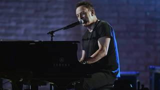 'Springsteen on Broadway' gives fans best seat in the house