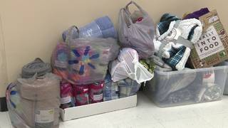 Students, nonprofit team up to collect blankets for immigrant families