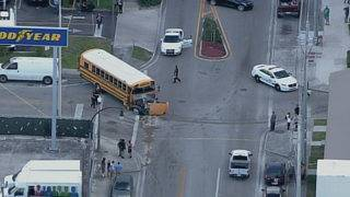 2 injured after school bus accident in Hialeah