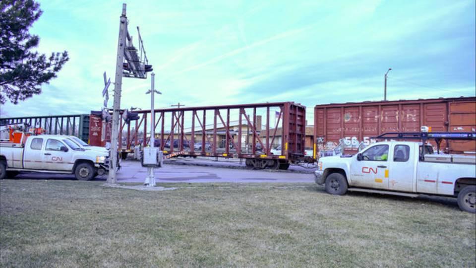 Train off tracks in Detroit 6