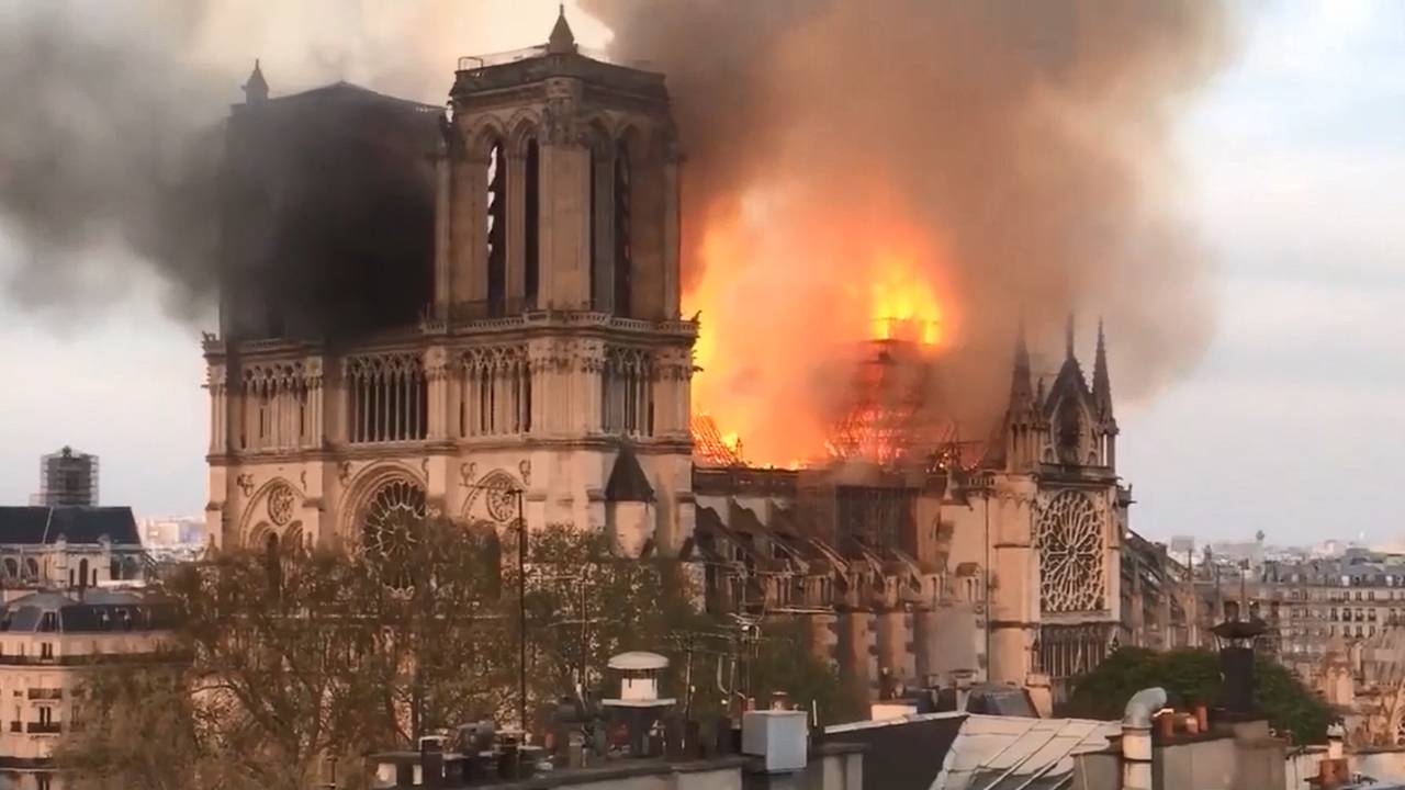 Notre Dame fire package_1555364081418.jpg-75042528.jpg70829893