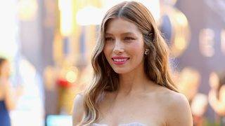 Jessica Biel Shares Hilarious Pics From Her Emmys Hangover