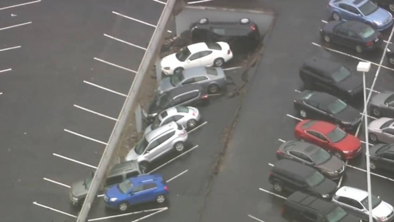 Detroit parking deck collapse 3