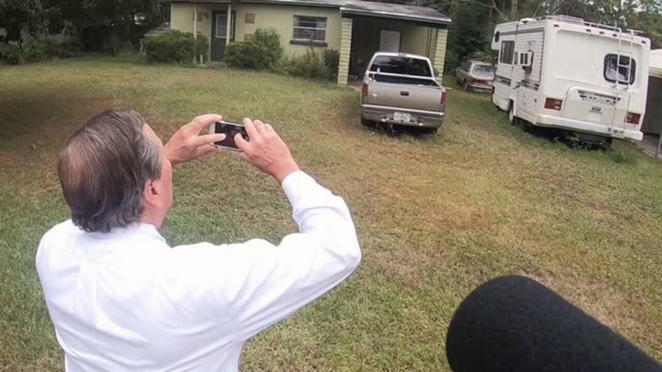 Councilman takes photo