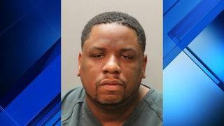 Police: Man arrested in rental car, bank fraud scheme