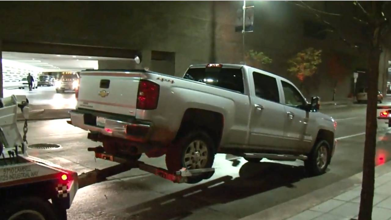 small arsenal truck towed_1514726274902.PNG