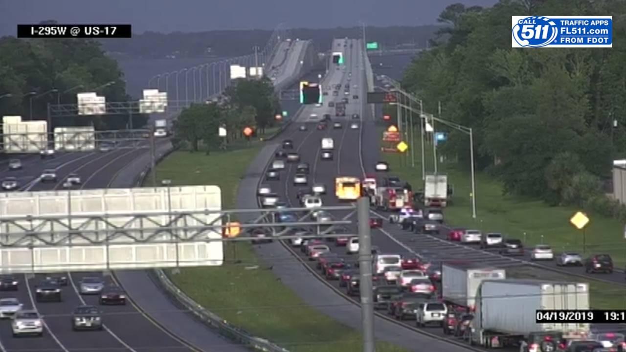 Man killed in crash on I-295 just west of Buckman Bridge