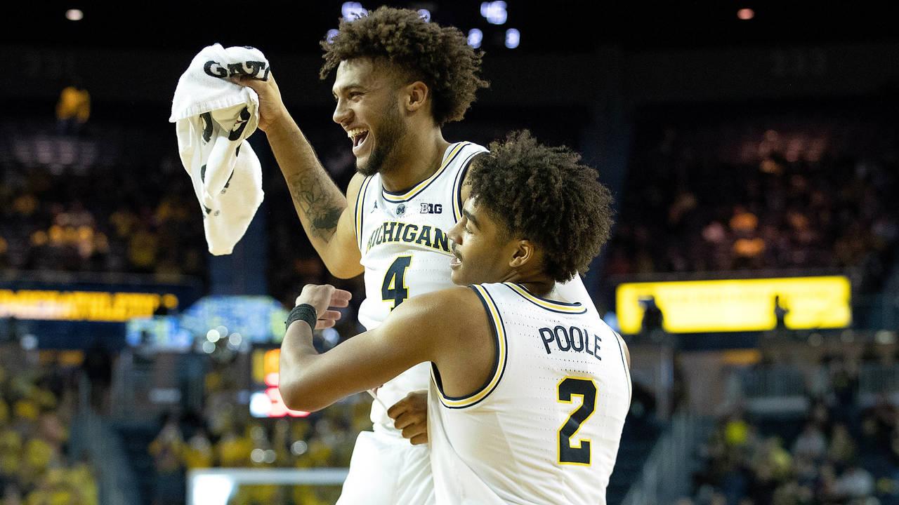Isaiah Livers and Jordan Poole Michigan basketball vs South Carolina 2018