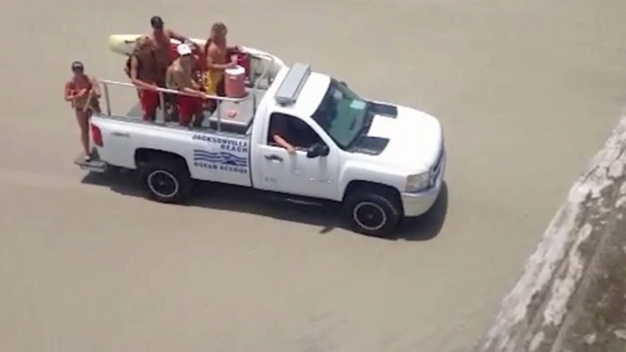 jodi-lifeguard-truck-jpg.jpg_34164526