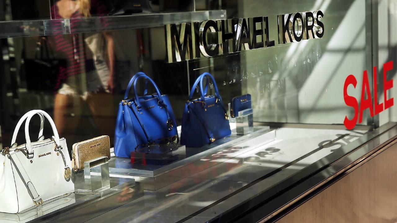 e15d80d17719 Michael Kors to close 100 to 125 stores