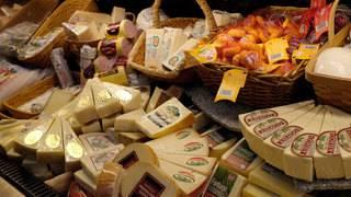 Report: America has massive cheese surplus