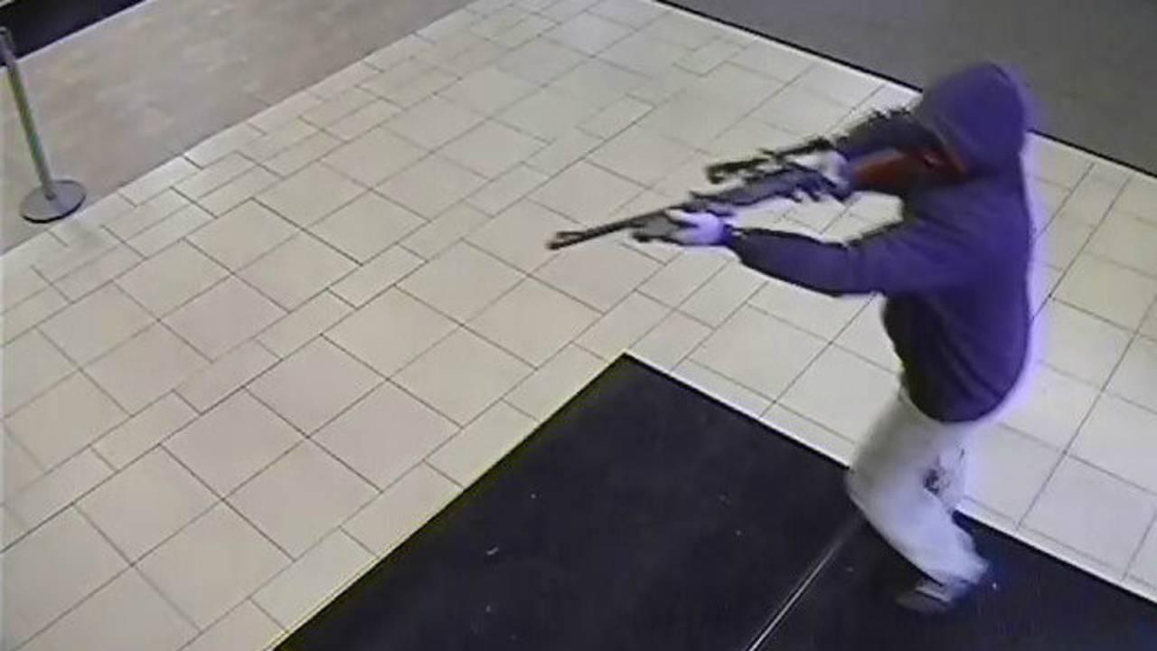 Robbery Chase bank _1475287532127.jpg