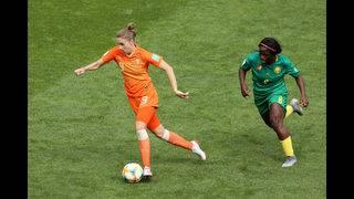 Dutch striker breaks scoring record as Netherlands progress