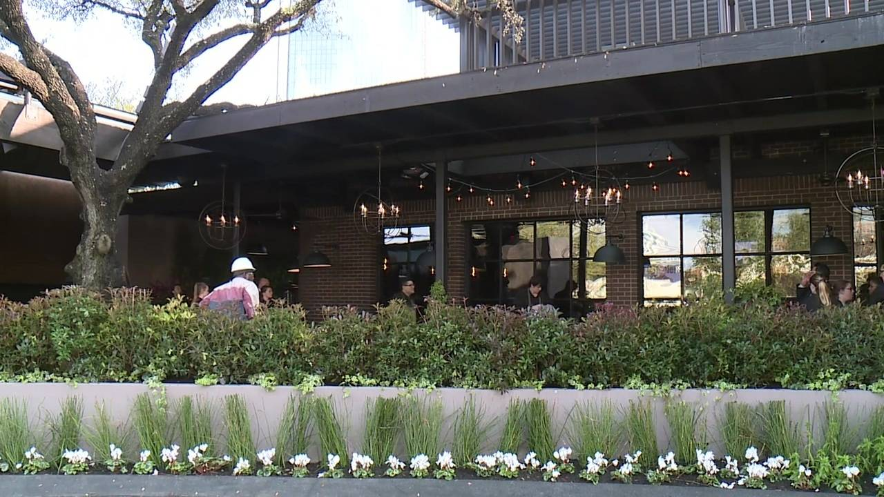 Willie G S Seafood Opens At Post Oak Hotel At Uptown Houston