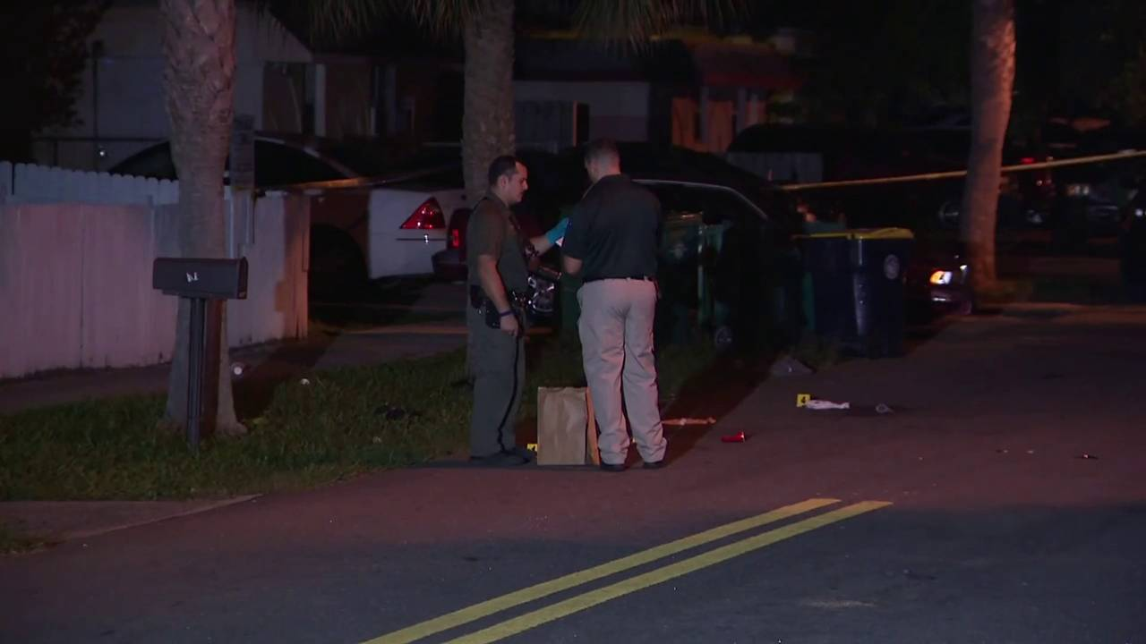 Deputies_investigate_early_morning_shooting_in_Dania_Beach__1563024833905.jpg