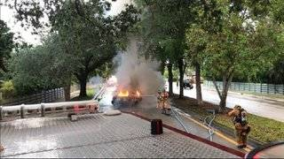 Car fire closes westbound lanes of Peters Road in Plantation